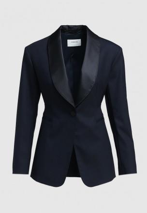 Пиджак с атласными лацканами