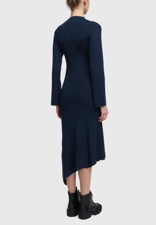 Платье из кашкорсе