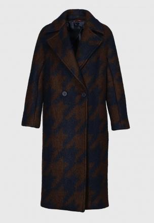 Двубортное пальто в клетку