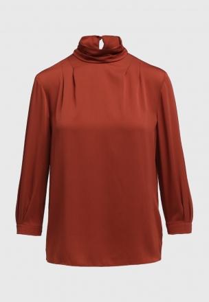 Сатиновая блуза