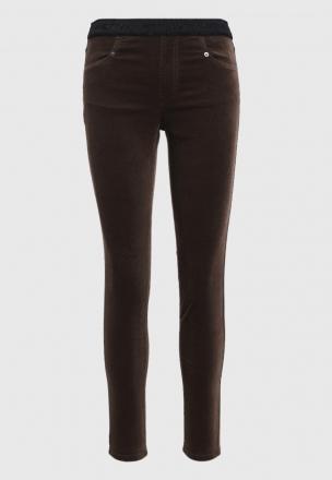 Велюровые брюки скинни