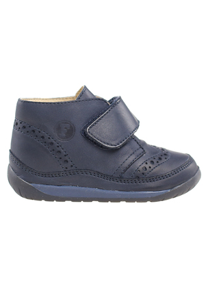 Кожаные ботинки с перфорацией