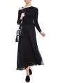 Платье с асимметричной линией плеч
